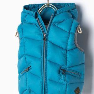 Zara blue vest with hood, size 12/18 months.